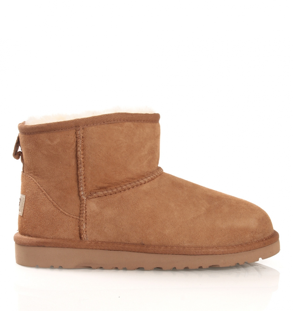 UGG Mini in chestnut