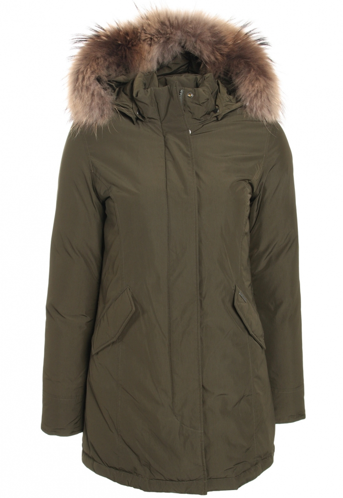 Woolrich Luxury Arctic Parka Girl mit Echtfell in olive