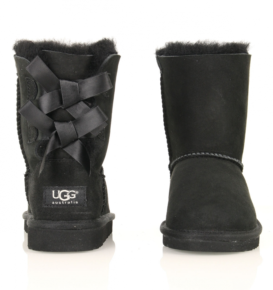 ugg boots schwarz mit schleifen. Black Bedroom Furniture Sets. Home Design Ideas